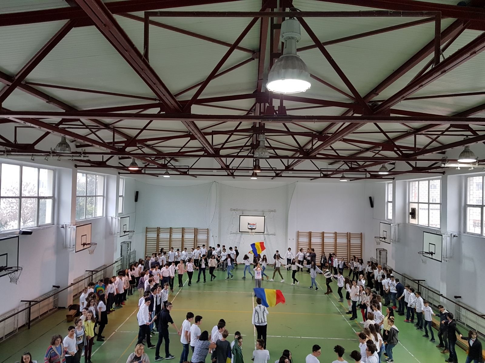 http://www.scoala12bucuresti.ro/site/wp-content/uploads/2017/12/14.jpg