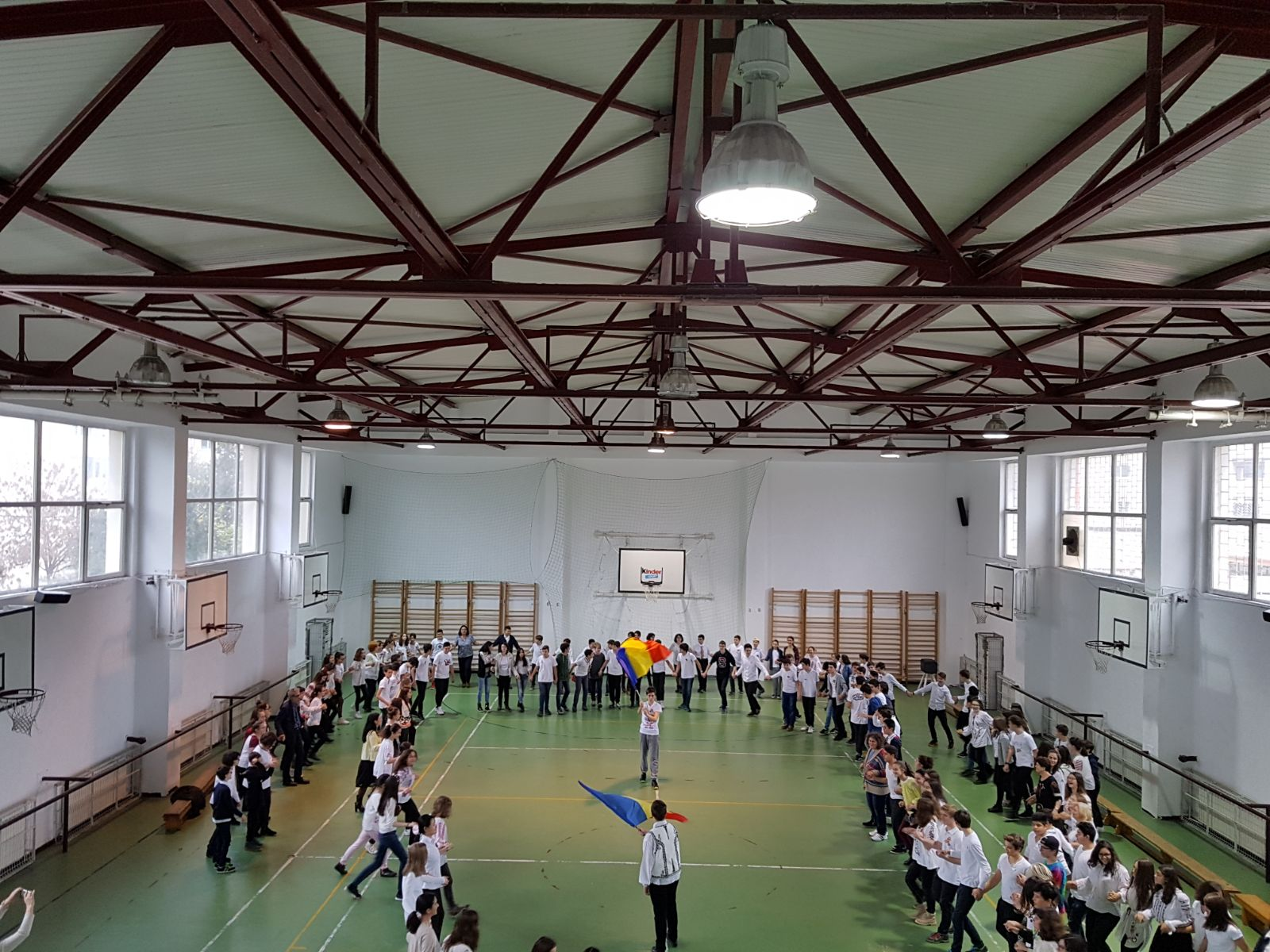 http://www.scoala12bucuresti.ro/site/wp-content/uploads/2017/12/16.jpg