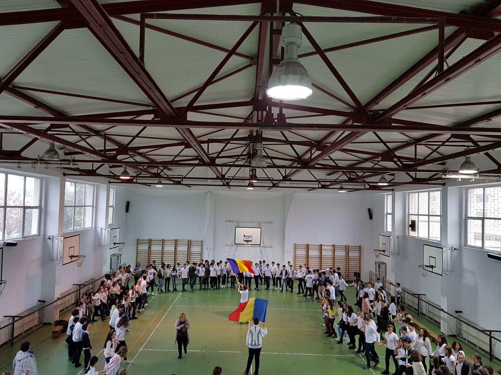 http://www.scoala12bucuresti.ro/site/wp-content/uploads/2017/12/19.jpg